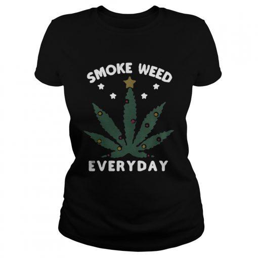 Ladies Tee Snoop dogg smoke weed everyday christmas