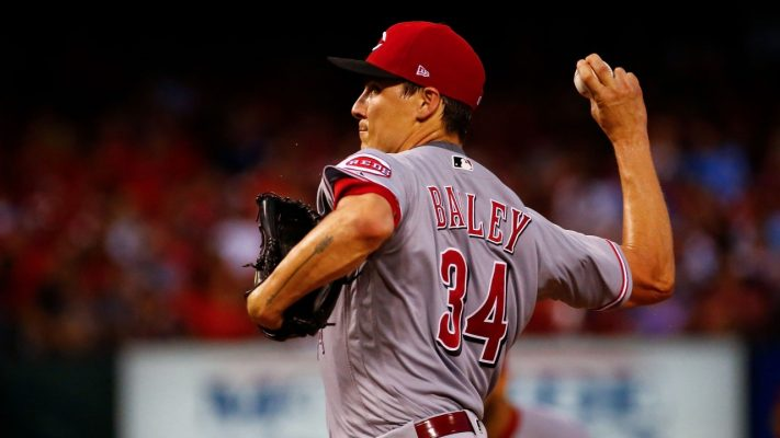 Reds dump Homer Bailey get Christmas gifts from Dodgers