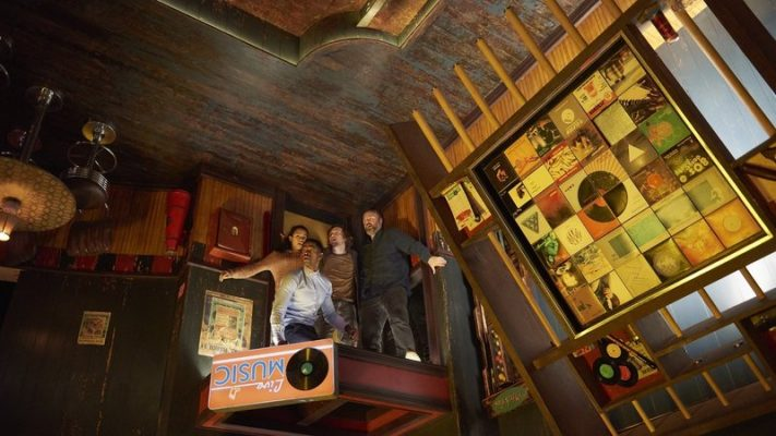 'Escape Room' Serves Up Bloodless Thrills And Pallid Puzzles