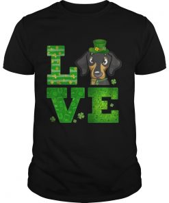 Guys Love Dachshund St Patricks Day Green Shamrock TShirt