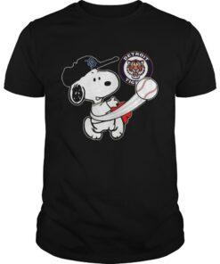 Guys Snoopy Play Baseball TShirt For Fan Tigers Team