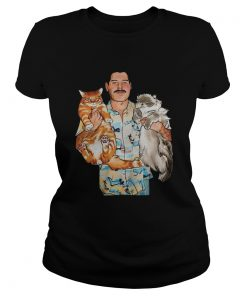 Ladies Tee Freddie Mercury hug cats shirt