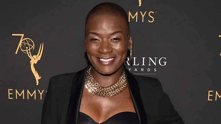 'The Voice' contestant Janice Freeman dies at 33 Miley Cyrus Jennifer Hudson pay tribute