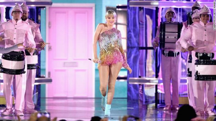 Taylor Swift performs onstage during the 2019 Billboard Music Awards at MGM Grand Garden Arena in Las Vegas on on May 1