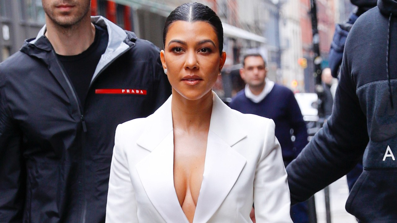 Kourtney Kardashian Puts a New Twist on the Summer Suit