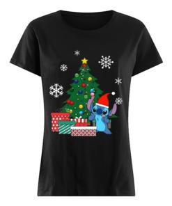 Stitch Around The Christmas Tree  Classic Women's T-shirt