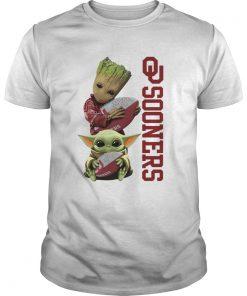 Baby Groot And Baby Yoda Hug Oklahoma Sooners  Unisex