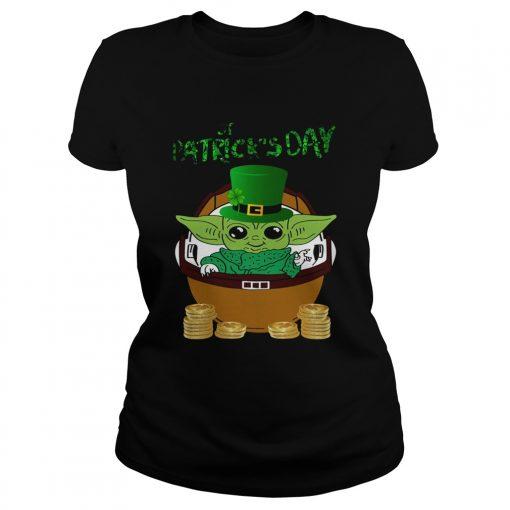 Baby Yoda The Mandalorian Happy St Patricks Day  Classic Ladies