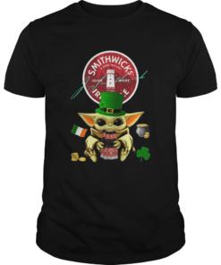 St Patricks Day Baby Yoda Hugging Smithwicks Irish Red Beer  Unisex