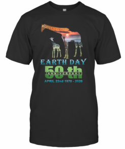 Earth Day 50Th Anniversary Giraffe Silhouette Giraffe T-Shirt Classic Men's T-shirt