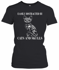 Easily Distracted By Cats And Skulls Costume T-Shirt Classic Women's T-shirt