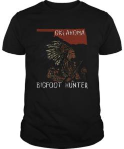 Oklahoma Bigfoot hunter  Unisex