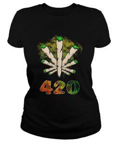 The Smoke Circle 420 Weed  Classic Ladies