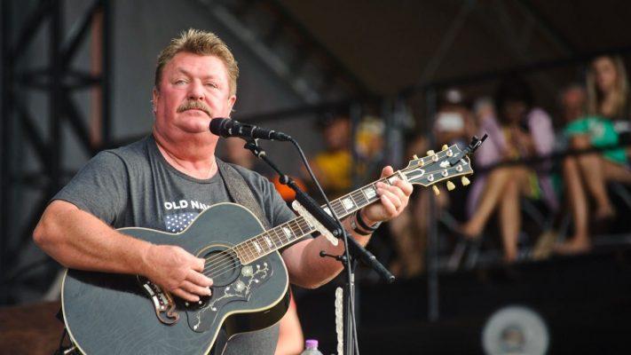 Country music star Joe Diffie dies of complications from coronavirus