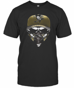 Skull Mask Pittsburgh Penguins Hockey T-Shirt Classic Men's T-shirt