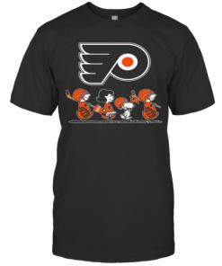 The Peanuts Philadelphia Flyers Hockey Logo T-Shirt Classic Men's T-shirt