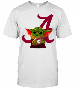 Baby Yoda Hug Atlanta Braves Football T-Shirt Classic Men's T-shirt