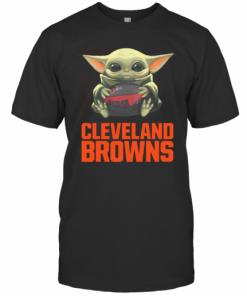 Baby Yoda Hug Cleveland Browns Logo T-Shirt Classic Men's T-shirt
