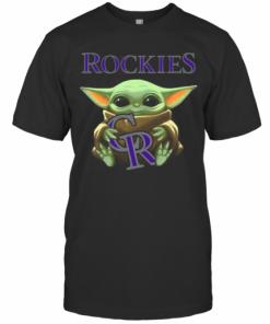 Baby Yoda Hug Colorado Rockies Logo T-Shirt Classic Men's T-shirt