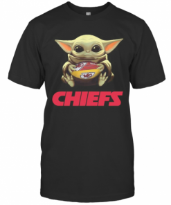 Baby Yoda Hug Kansas City Chiefs Football T-Shirt Classic Men's T-shirt