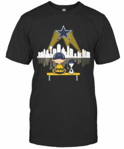 Charlie Brown And Snoopy Dallas Cowboys Football T-Shirt Classic Men's T-shirt