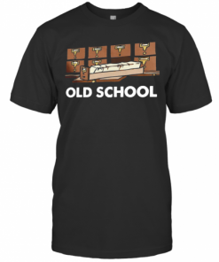 Old School Librarian New T-Shirt Classic Men's T-shirt