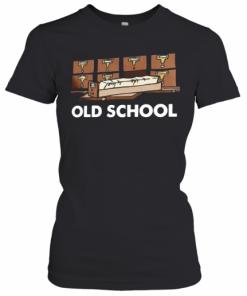 Old School Librarian New T-Shirt Classic Women's T-shirt